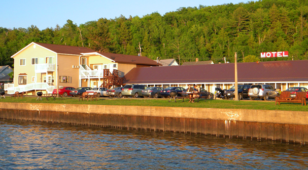 Munising Michigan Lodging - Motel Vacation Homes